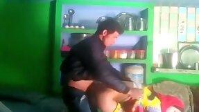 Desi unavailable bhabhi salma sharp practice with neighbor bf mms kissing